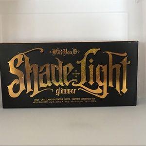 NIB Kat Von D Shade +Light glimmer eye palette